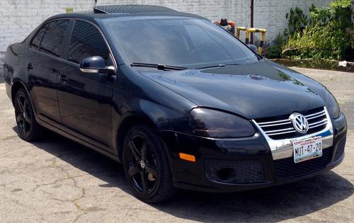 Volkswagen Bora 4p Sport Tiptronic 2010