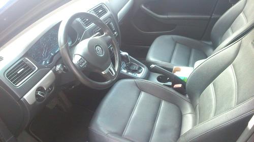 Volkswagen Jetta 4p Bicentenario Tiptronic Paq. Navegacion 2