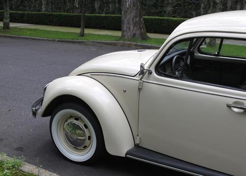 Volkswagen Sedan 2004 Ultima Edicion Beige