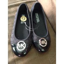Zapatos Michael Kors Para Niña Negro Con Plata Y Punta De Ch