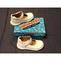 Zapatos Andanenes. Blancos. Niña Talla 16 Cm. Preciosos!