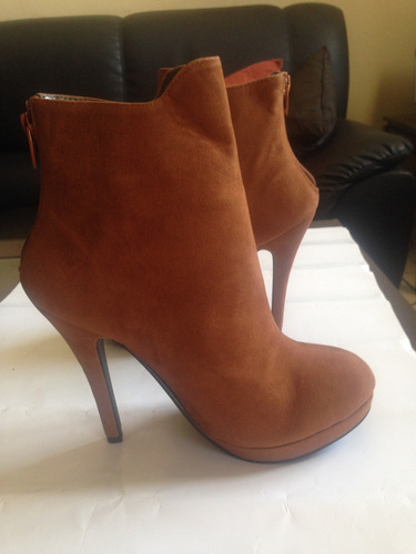 Zapatos Altos Tipo Botin Con Plataforma S. 22.5 Mex, 5.5u.