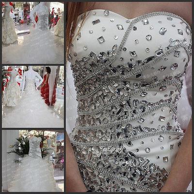 Piedras para decorar vestidos de fiesta