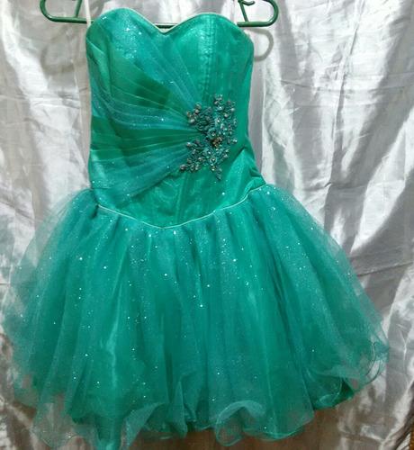 Vestidos de promocion de color verde agua