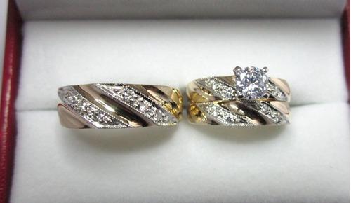 Set De Anillos De 3 Piezas Oro De 10 K  Con Circonias Rusas