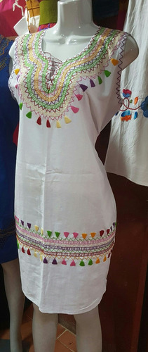 Vestido De Manta Bordados A Mano En San Cristobal Chiapas En