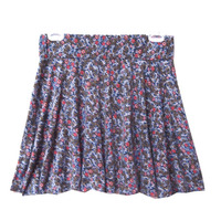 Falda de flores circular
