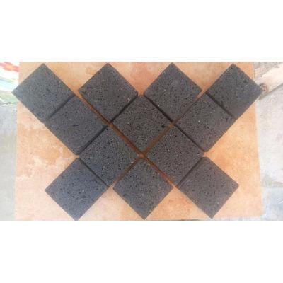 Piso adoquin de piedra natural recinto negro 10x10x4cm for Adoquines de piedra precios