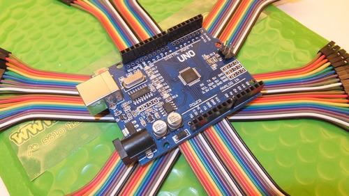 Kit Arduino Uno (smt) Con Cable Usb Y Cables Dupont + Libros