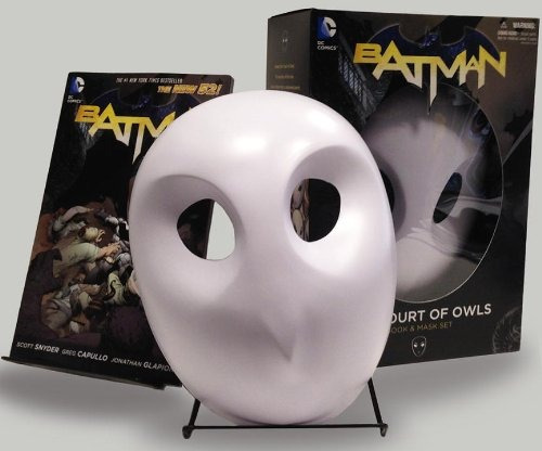 http://mlm-s2-p.mlstatic.com/libro-batman-the-court-of-owls-mask-and-book-set-the-new-52-13305-MLM20076128072_042014-O.jpg